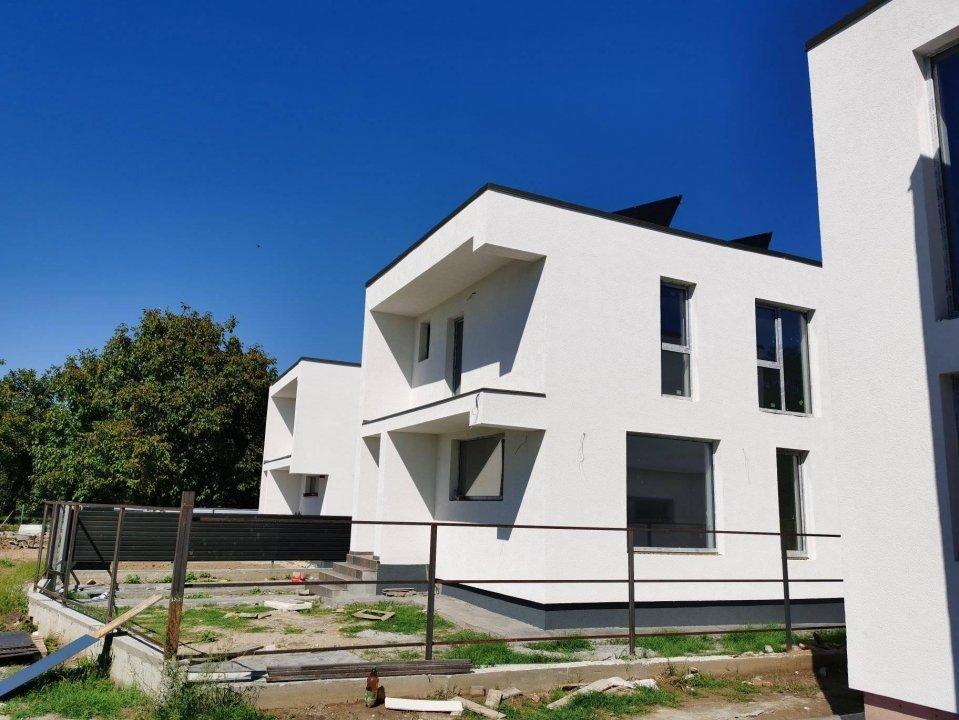 Casa Mediteraneana 4 camere + Garaj Pitesti 4